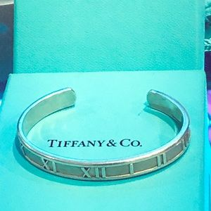 Tiffany and co. Atlas Roman numeral braclet cuff